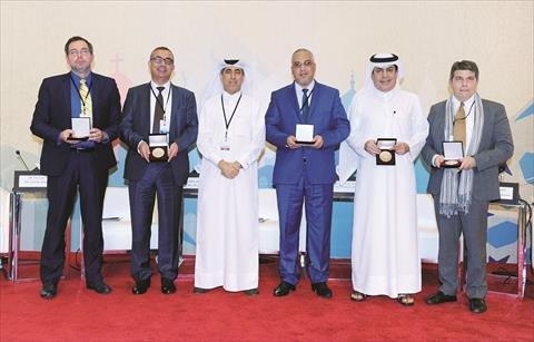 مركز الدوحة الدولي لحوار الأديان يكرم رئيس مجلس إدارة المركز الدولي للاستراتيجيات التربوية والأسرية