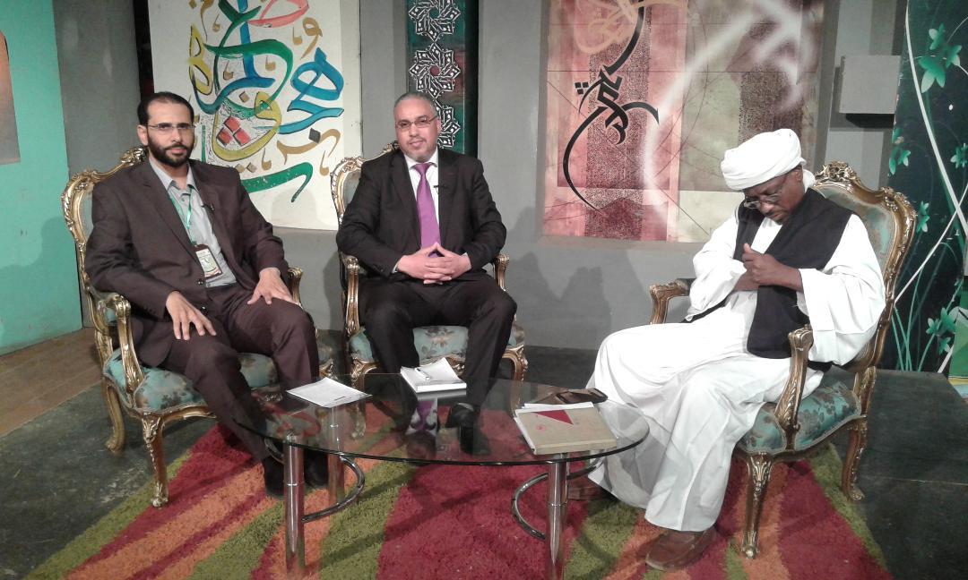 الدكتور مصطفى الحكيم والدكتور ماجد العصيمي في برنامج